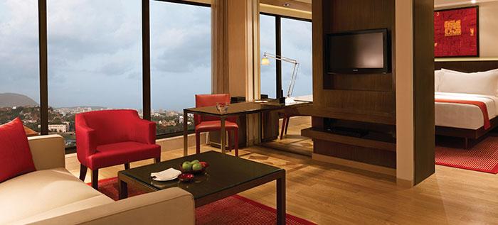 Deluxe Hotel Rooms in Mumbai