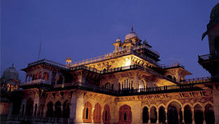 5 Star Hotels in Jaipur near Central Museum