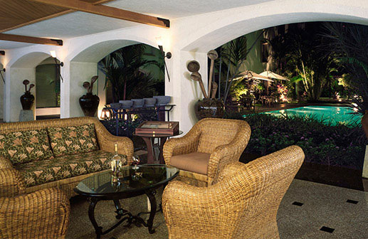 Dining in Cochin - The Patio, Trident Hotels
