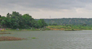 Dum Duma lake