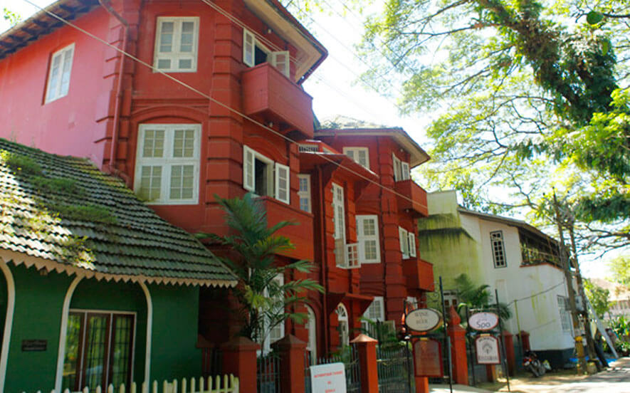 luxury 5 star hotels in cochin | book trident hotel cochin online