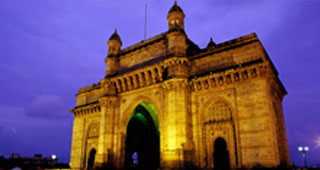 Mumbai Nariman Point - The Gateway of India