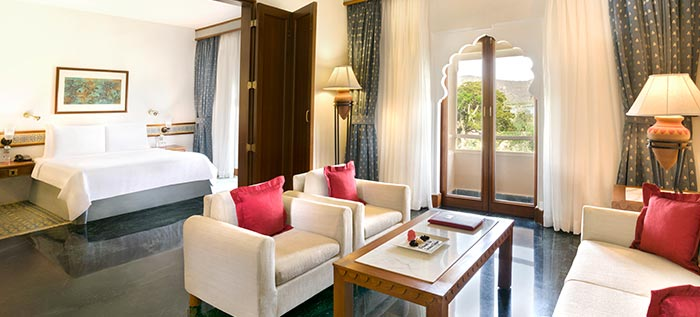 Book Hotel Rooms in Jaipur
