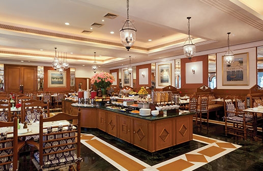 Jal Mahal Restaurant in Jaipur - Trident Hotel